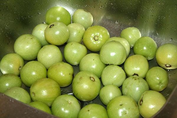 Засолка зеленых помидоров холодным способом в кастрюле: рецепт, ингредиенты
